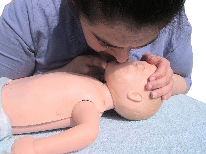 Rescue Breaths | Paediatric CPR | Safety First Welling